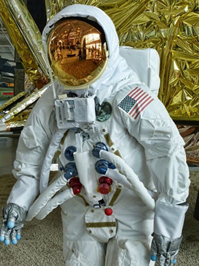 Astronaut Gold Production